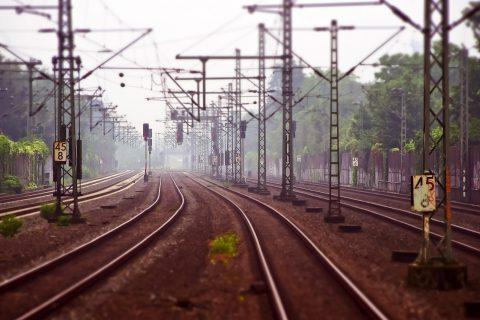 Linie kolejowe, tory