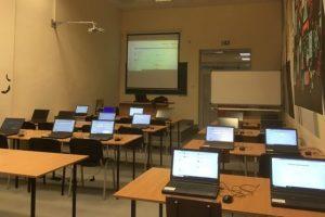 Sala komputerowa do szkolenia pracowników PB z funkcjonalności systemu EZD
