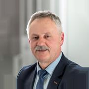 Dyrektor, mgr Piotr Klim