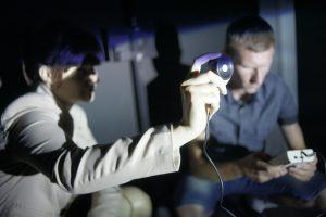 studenci w laboratorium na Wydziel Elektrycznym