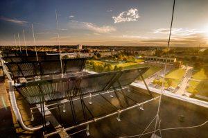 kolektory słoneczne na dachu budynków Politechniki Białostockiej