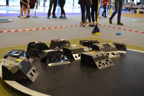 roboty SumoMasters na zawodach na Łotwie