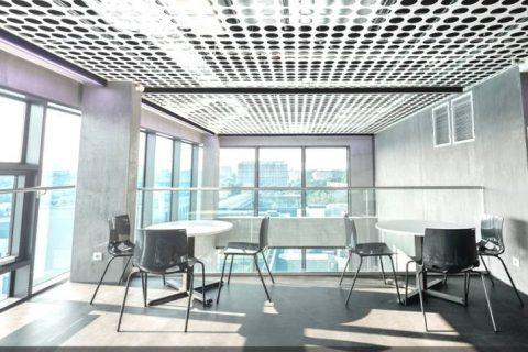 pomieszczenie biurowe_przykład oświetlenia
