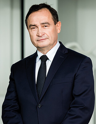 Prorektor ds. Nauki prof. dr hab. inż. Andrzej Sikorski