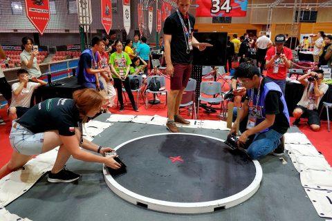 Drużyna SumoMasters podczas zawodów w Pekinie w 2018 roku