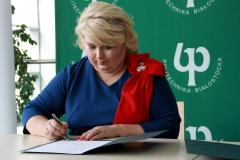 Podlaski Uniwersytet Dziecięcy - podpisanie umów