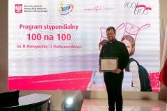 """Piotr Tomaszuk został stypendystą programu """"100 na 100"""""""