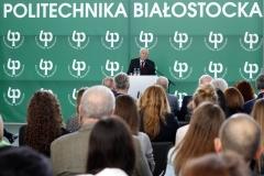 absolwent pierwszego rocznika Wieczorowej Szkoły Inżynierskiej, Władysław Świaniewicz