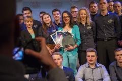 Gala Konkursu Technotalent 2018 - Nagroda z okazji 5-lecia Konkursu Technotalent, Ewelina Brzozowska z nagrodą za determinację i progres projektu