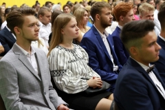 Uczniowie Liceum Ogólnokształcącego Politechniki Białostockiej ze stypendiami prezydenta miasta