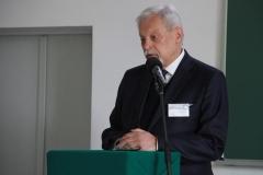 Prof. Sławomir Gzell Komitetu Architektury i Urbanistyki Polskiej Akademii Nauki. Konferencja Bauhaus na Wydziale Architektury PB