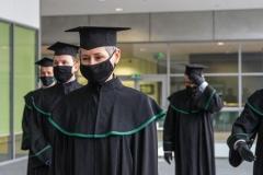 Grupa doktorów habilitowanych w togach