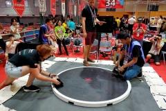 Zespół SumoMasters z Wydziału Mechanicznego PB na zawodach RobotChallenge w Chinach w 2018 roku. fot. z archiwum SumoMasters