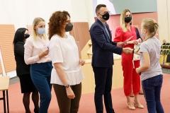 Uroczystość zakończenia dwóch edycji Podlaskiego Uniwersytetu Dziecięcego na Politechnice Białostockiej, 11 września 2021 r., fot. Katarzyna Cichoń (17)