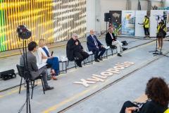 Konferencja Xylopolis, prezentacja obrazu prof. Leona Tarasewicza, fot. Jerzy Doroszkiewicz, Politechnika Białostocka (3)
