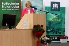 Jubileusz 70-lecia Biblioteki PB - dyrektor Biblioteki mgr Maria Czyżewska, fot. Katarzyna Cichoń, Politechnika Białostocka (2)
